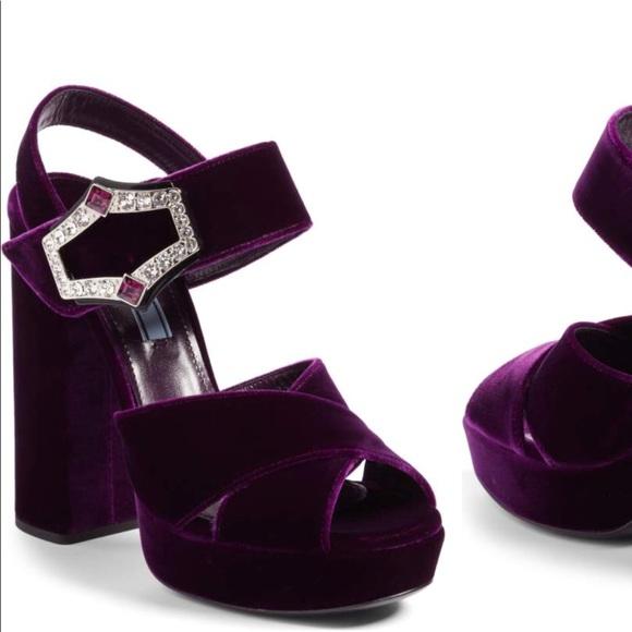 cf038926e NWT Prada criss cross platform velvet sandals